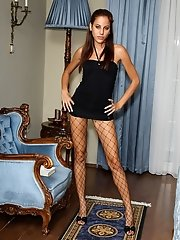 Euro Babe Anita Pearl Shows Off Her Hot Body - 7/20/2012